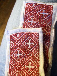 Hemstitched Collar by Ragnvaeig, via Flickr