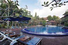 OopsnewsHotels - Matahari Bungalow. Matahari Bungalow is located in Kuta and features free Wi-Fi. It also provides a kids pool, 24-hour room service and an outdoor pool.   The hotel has 64 rooms and has been recently refurbished. Staff are available 24-hours a day and can assist with booking tours and tickets. Just moments from nearby clubs and bars, this 3-star hotel also allows guests to explore the best of the local nightlife.