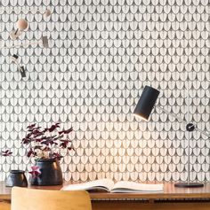 Cole and son Papier Peint Cole And Son, Real Living Magazine, Plain Wallpaper, Design Repeats, Wall Finishes, Home Reno, Farmhouse Chic, Pattern Wallpaper, Wall Lights