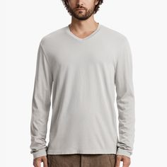 JAMES PERSE Brushed Cotton V-Neck. #jamesperse #cloth #all