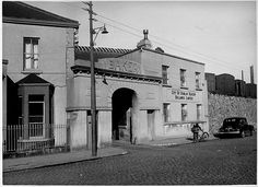 Grand Canal Street entrance to Boland's Bakery. Taken in the by the Air Corps. The railway yard can be seen in the distance. Old Pictures, Old Photos, Dublin Street, Grand Canal, Historical Photos, 1940s, Distance, Entrance, Ireland