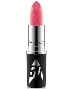 Formulated to shade, define and showcase the lips. Four hues, two different…