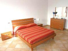 Ferienwohnung: Casa Leopoldo - Das Doppelbettzimmer verfügt über ein eigenes Bad. - www.cilento-ferien.de