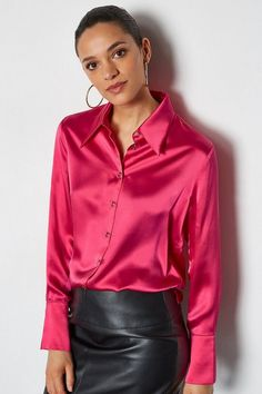 This silk shirt fits the bill from boardroom to bar. Accented by gold-toned buttons, it comes complete with a soft collar, button-down front and long sleeves with cuffs. Fashion Group, Girl Fashion, Fashion Outfits, Emo Fashion, Gothic Fashion, Steampunk Fashion, Pencil Skirt Black, Pencil Skirts, Pencil Dresses