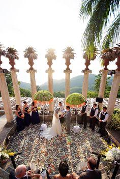 Villa Caletas Amphitheater, Costa Rica. The perfect wedding ceremony location for a #DestinationWedding.