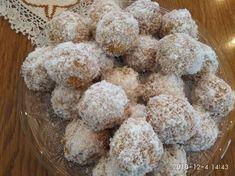 Πρόσφορο συνταγή από Ηλίας - Cookpad Krispie Treats, Rice Krispies, Desserts, Food, Tailgate Desserts, Deserts, Essen, Postres, Meals