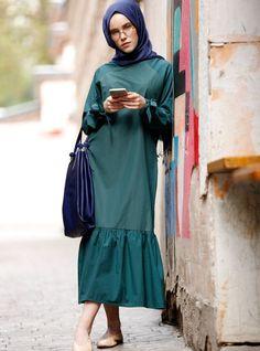 Benin Yeşil Pötikareli Elbise 79.99 TL http://alisveris.yesiltopuklar.com/benin-yesil-potikareli-elbise-4.html