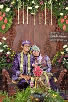 Foto Pengantin Pernikahan Muslim Jawa, Nova+Agus Wedding di Kediri Jawa Timur by Poetrafoto Fotografer Pernikahan, Wedding Photographer Indonesia, http://wedding.poetrafoto.com/foto-pengantin-pernikahan-muslim-jawa-timur-nova-agus-di-kediri_510