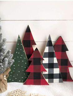 Plaid Christmas, Christmas Signs, Rustic Christmas, Christmas Projects, Winter Christmas, Holiday Crafts, Christmas Holidays, Christmas Decorations, Christmas Ideas