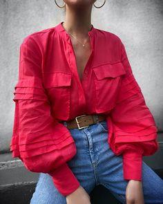 Elegant Blouses – Page 2 – Ininruby Estilo Fashion, Fashion Mode, Fashion 2020, Look Fashion, Womens Fashion, Fashion Design, Make Up Studio, Mode Blog, Looks Vintage