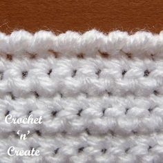 Crochet crab stitch pictorial - I am sure many of you will have noticed that one of my favorite stitches for edging in my designs is . Crochet Baby Poncho, Crochet Blanket Patterns, Easy Crochet, Free Crochet, Tutorial Crochet, Crochet Tutorials, Crochet Stars, Scarf Crochet, Crochet Stitches Free