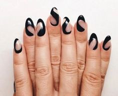 Hottest Nail Trends For Fall/Winter 2016 Negative Space sxedia nixion