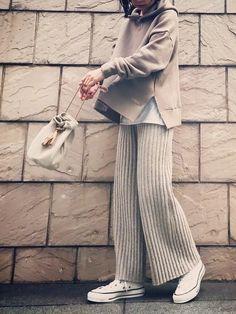 ファッション ファッション in 2020 Vogue Fashion, Knit Fashion, Womens Fashion, Fashion Trends, Japan Fashion, Daily Fashion, Modest Fashion, Fashion Dresses, Best Work Pants