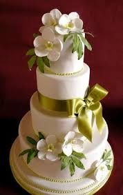Discover the best ideas for Cake & Desserts! Read articles and watch videos about Cake & Desserts. Fake Wedding Cakes, Orchid Wedding Cake, Wedding Cake Boards, Orchid Cake, Round Wedding Cakes, Wedding Cake Photos, Wedding Cakes With Flowers, Beautiful Cakes, Amazing Cakes