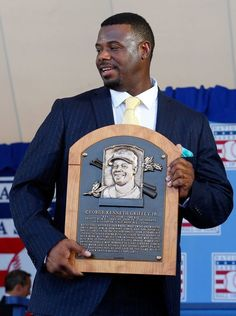 b3cdad3758 Ken Griffey Jr with his plaque//July 2016 HOF ceremony,Cooperstown, NY