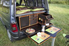 18 Slidepods VW Camper Kitchen – Holiday and camping ideas Vw Camper, Mini Camper, Camper Life, Auto Camping, Minivan Camping, Camping Site, Camping Gear, Caddy Camping, Table Camping