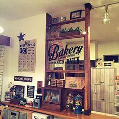 ideas book shelf cafe kitchens for 2019 Food Business Ideas, Diy Kitchen Decor, Home Decor, Diy Design, Interior Design, Room Interior, Modern Mountain Home, Wooden Shelves, Book Shelves