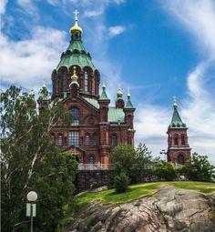 Catedrala Uspenski Helsinki Helsinki, Mansions, House Styles, Home Decor, Mansion Houses, Homemade Home Decor, Villas, Fancy Houses, Interior Design