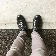2017/03/27 20:36:42 masayaszk お昼前には雨止んでましたね🌂 明日はいい天気🌈だとコードバン🐴履けるんですがどうでしょう⁇ It rained, but it clears up. I wore Alden calf 🐄chukka boots today. #alden #オールデン #足もと倶楽部 #leathershoes #horween #shellcordovan #fashion #kicks #todayskicks #Tokyo #KOTD #aldenarmy #YOLO #tagsforlike #tflers #instagood #instadiary #instalike #instapic #instaphoto #madeinusa #leathergoods #shoestagram #instashoes #shoeporn
