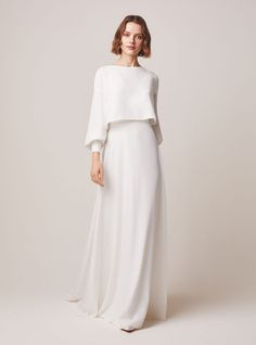 Jesus Peiro wedding dresses are filled with elegant, sophisticated wedding dresses and bridal separates - classic silhouettes with a contemporary twist. Muslim Wedding Dresses, Dream Wedding Dresses, Bridesmaid Dresses, Malay Wedding Dress, Wedding Hijab Styles, Gown Wedding, Muslim Fashion, Modest Fashion, Fashion Dresses