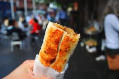 Eating On a Budget in Melbourne http://thingstodo.viator.com/melbourne/eating-on-a-budget-in-melbourne/