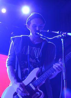 Josh Klinghoffer - Photo by Clara Balzary