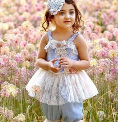 *.:。✿*゚゚・✿.。.:* Cute Little Baby Girl, Cute Baby Girl Outfits, Beautiful Baby Girl, Cute Baby Girl Pictures, Cute Girl Pic, Baby Girl Poses, Cute Baby Girl Wallpaper, Cute Babies Photography, Kids Frocks