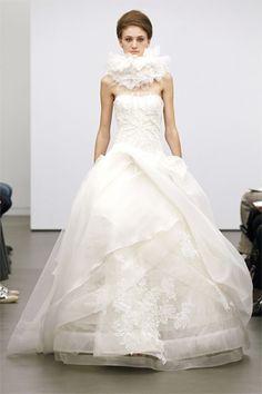 Vera Wang's Classic Fall 2013 Bridal Collection, Wedding Dress Vera Wang Wedding Gowns, Fall Wedding Gowns, Vera Wang Bridal, Designer Wedding Dresses, Wedding Blog, Wedding Wishes, Dream Wedding, Wedding Ideas, White Bridal