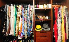 O meu closet na revista Glamour com mala Louis Vuitton vestido Alfreda saia Patricia Viera e poltrona Missoni