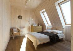 O casa interesanta, cu doua fatade diferite - dormitor