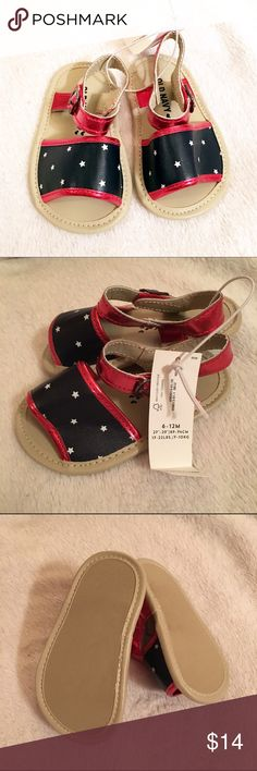 NWT Old Navy Summer Sandals Perfect summer sandals for 4th of July and Memorial Day. Tagged size is 6-12 months Old Navy Shoes Sandals & Flip Flops