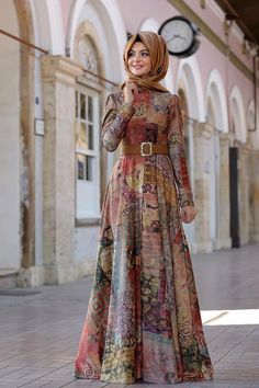 Modanisa Elbise Modelleri 2016 - Women's style: Patterns of sustainability Abaya Fashion, Modest Fashion, Fashion Dresses, Muslim Women Fashion, Islamic Fashion, Modest Dresses, Simple Dresses, Hijab Style Dress, Hijab Outfit