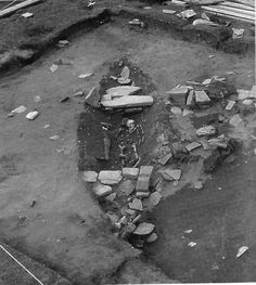 Viking ship-burial in Orkney. [from Graham-Campbell and Batey, [em]Vikings in Scotland[/em] ISBN 0-7486-0641-6