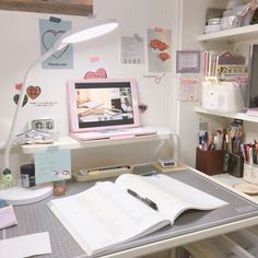Want to know more about home office decorating ideas deskClick the link for more information Study Room Decor, Study Rooms, Study Desk, Bedroom Decor, Study Space, Study Areas, Study Corner, Desk Inspiration, Desk Inspo