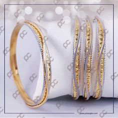 Plain Gold Bangles, Gold Bangles For Women, Gold Bangles Design, Jewelry Design, Gold Jewelry Simple, Stylish Jewelry, Wedding Bedroom, American Diamond Jewellery, Gold Mangalsutra Designs