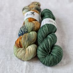 New batch and new colors! Crush is Skein Queen's soft and durable 4-ply sock yarn in vivid handdyed colors. Tightly spun superwash merino yarn is suitable for both sock knitting and shawls or garments. You need a skein for women's medium sized socks, and three or more skeins for a pullover (depending on your gauge and pattern). #yarn #knittingyarn Arm Knitting Yarn, Knitting Ideas, Crochet Yarn, Yarn Color Combinations, Online Yarn Store, Yarn For Sale, Yarn Storage, I Love This Yarn, Yarn Inspiration