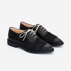 Black Leather Flats, Toe Shape, Derby, Oxford Shoes, Dress Shoes, Lace Up, Pairs, Elegant, Men