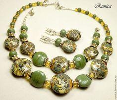 Conjuntos de joyas hechas a mano.  Verano en los trópicos - set - pendientes, pulsera y collar de cristal de murano.  Victoria Kentsis - rúnica de murano.  Tienda Online Feria Maestros.