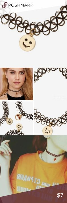Smile Choker Face Elastic Necklace, super cute ! Jewelry Necklaces