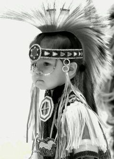 Wish i knew more of my native American heritage. natives american: pow wow never been than you should go even if you are non native Native American Children, Native American Beauty, Native American Tribes, Native American History, American Indians, Native Child, Native American Headdress, American Pride, American Quotes