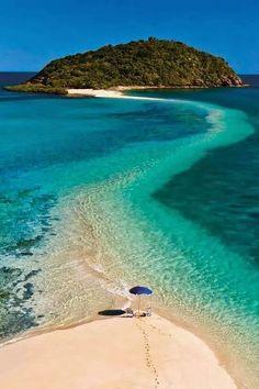 Fiji sandbar path