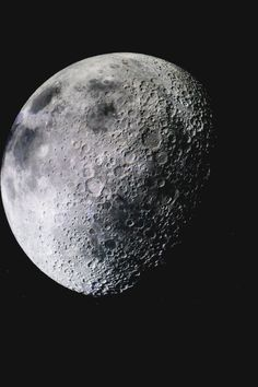 One of many great free stock photos from Pexels. This photo is about moon, night, space Top Gear, Planets And Moons, Aesthetic Space, Luna Moon, Planets Wallpaper, Moon Photography, White Prints, Wallpaper Iphone Disney, Earth From Space