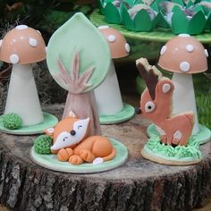 Woodland Cake, Woodland Party, Fox Party, Biscuit Cake, Wood Animal, Birthday Decorations, Fondant Cakes, Mariana, Biscuits