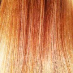 @kristin_ess | Sparkly rose gold hair.
