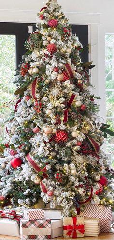 Christmas Decorating Ideas | Zevy Joy | Christmas Trees #christmas #christmastrees Темы Рождественской Елки, Деревенское Рождество, Дом На Рождество, Рождественские Огни, Рождественские Венки, Счастливых Праздников, Праздничное Украшение, Рождественский Декор, Рождество В Прежние Времена