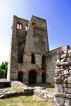 Alsódörgicse, Hungary Castle Ruins, Medieval Castle, Manor Houses, Budapest Hungary, Palaces, Homeland, Castles, Beautiful Places, Flag