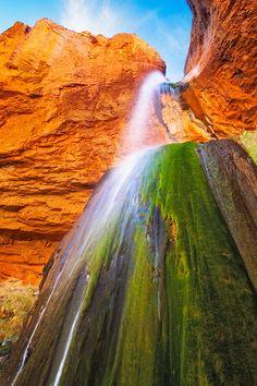 Ribbon Falls, Grand Canyon National Park, Arizona.