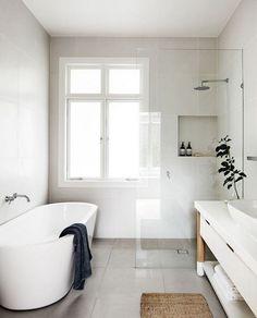 35+ Stunning Modern Minimalist Bathroom Design Ideas With White Color #bathroom #bathroomdesign #bathroomideas