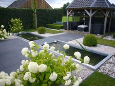 Afbeelding van www. Outdoor Gardens, Back Gardens, Outdoor Water Features, Garden Deco, Garden Architecture, Garden Structures, Water Garden, Dream Garden, Landscape Design