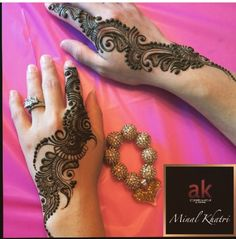Pretty Henna Designs, Mehndi Designs Book, Arabic Henna Designs, Mehndi Designs For Girls, Stylish Mehndi Designs, Mehndi Designs For Beginners, Mehndi Design Pictures, Mehndi Designs For Fingers, Latest Mehndi Designs